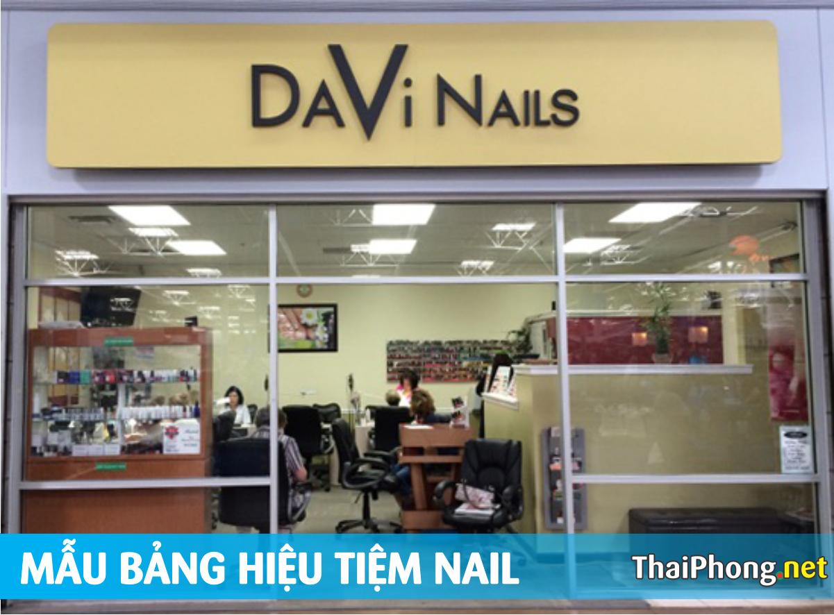 Bảng hiệu davi Nails